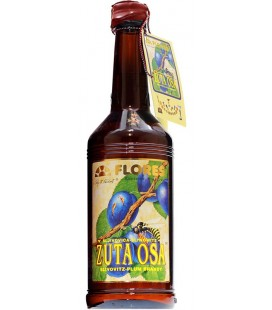 Zuta Osa plum brandy 0.7 L gift pack